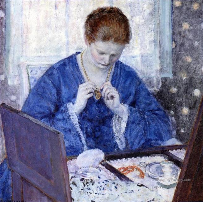 4-The-Gold-Locket-Impressionist-women-Frederick-Carl-Frieseke.jpg